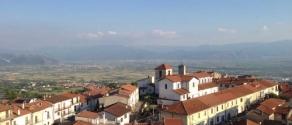 Aielli_panorama_sul_Fucino.jpg