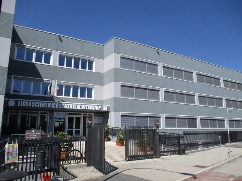 Liceo_Scientifico_Marco_Vitruvio_Pollione_Avezzano.jpg