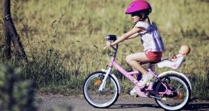 bambina  bici.jpg