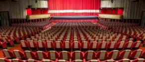 teatro vuoto.jpg