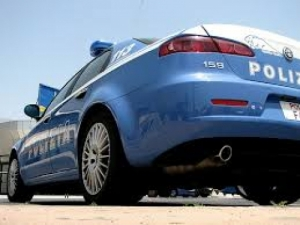 polizia salucci.jpg