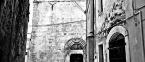 Scorcio di Centro Storico e vista Chiesa San'Antonio.jpg