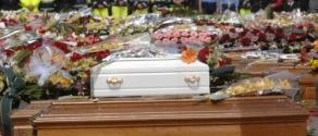 funerali_terremoto_abruzzo_laquila.jpg