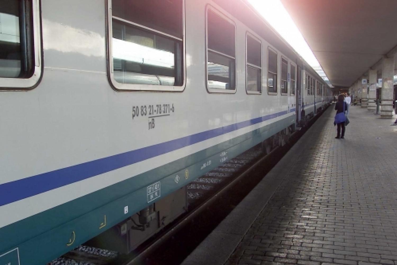 Treno_stazione.jpg