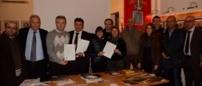 foto di gruppo sindaci e assessore 15.01.jpg