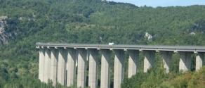 ponte di pietrasecca.jpg