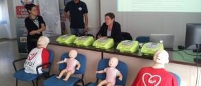 Corso defibrillatore a scuola.jpg