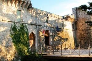 Castello Orsini.jpg