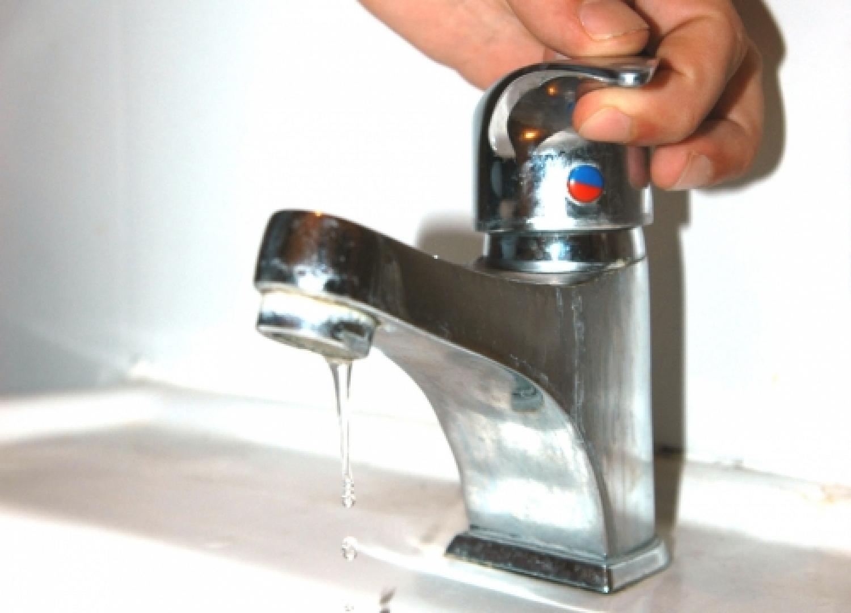 rubinetto-acqua-1422x1024.jpg