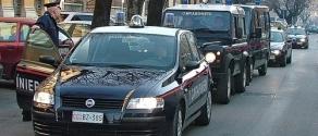 carabinieri-colonna-gazzella1.jpg