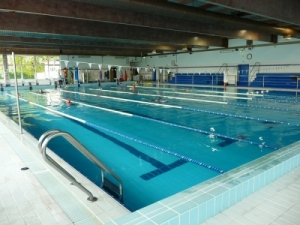 piscina comunale.jpg
