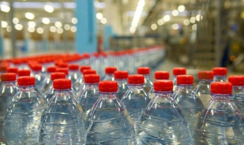 bottiglie acqua.jpg